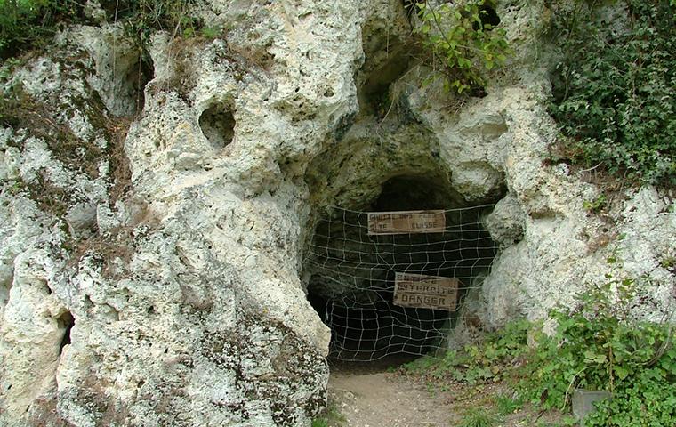 Préhistorama La Grotte aux Fées
