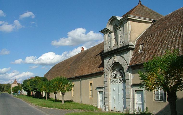 Abbaye de sept fons diou office de tourisme entr 39 allier besbre et loire - Office de tourisme varennes sur allier ...