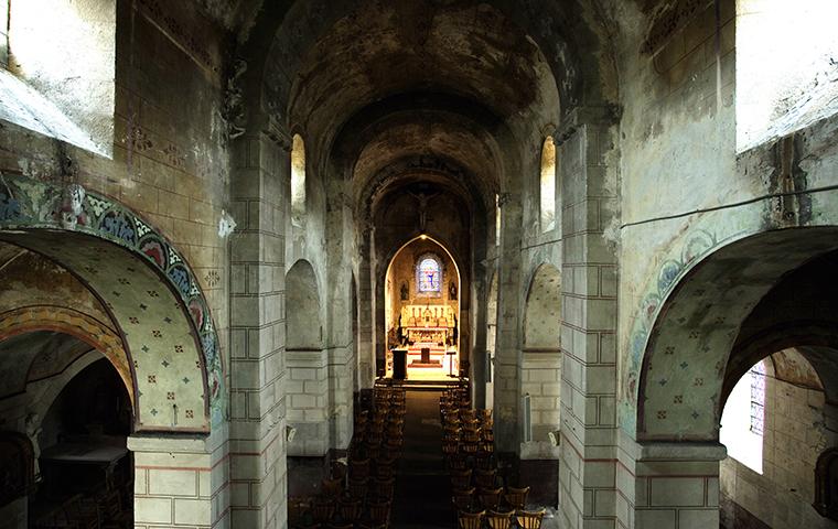 Église Saint-Julien à SAINT-GERAND-LE-PUY